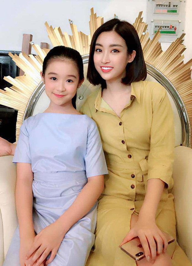 """Tiểu mỹ nhân đẹp thần thánh chẳng kém Tiểu Vy, Đỗ Mỹ Linh khiến dân tình phải gật gù: """"Hoa hậu tương lai đây rồi"""" - Ảnh 6."""