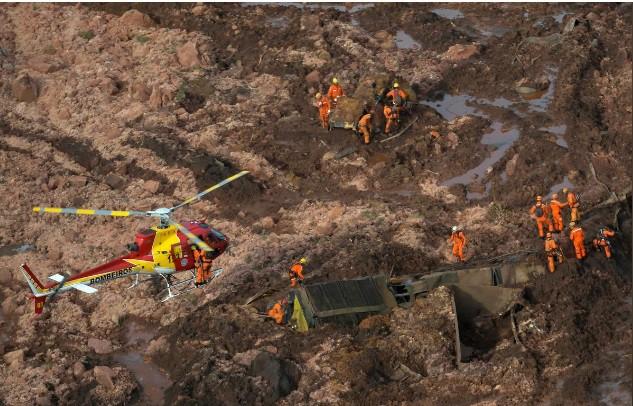 Ám ảnh hiện trường vỡ đập hồ chứa nước thải Brazil làm 200 người mất tích - Ảnh 5.