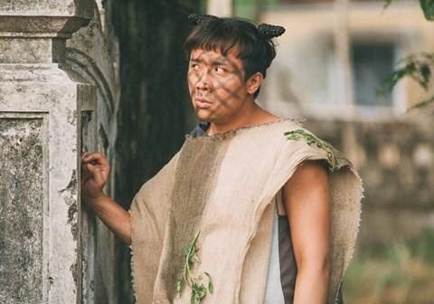 Trái với kì vọng, Trạng Quỳnh đem chuyện đồng tính - cưỡng bức vào phim đầy phản cảm - Ảnh 6.