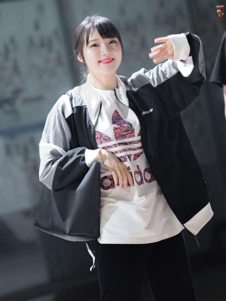 Dàn mỹ nhân Kpop chuyên đội lốt em út: Toàn thánh hack tuổi, Taeyeon và trưởng nhóm Apink là tường thành - Ảnh 23.