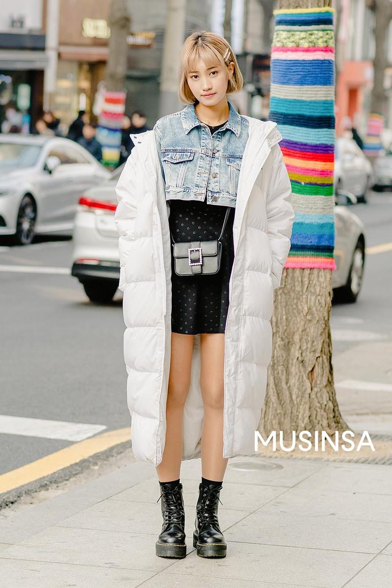 Street style giới trẻ Hàn tuần qua chính là nguồn cảm hứng bất tận cho các cô nàng anti phong cách bánh bèo - Ảnh 5.