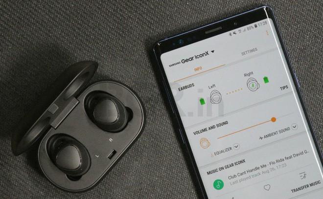 Vượt mặt AirPods, tai nghe Galaxy Gear IconX 2019 sẽ hỗ trợ sạc không dây và Bluetooth 5.0 mới hơn - Ảnh 1.