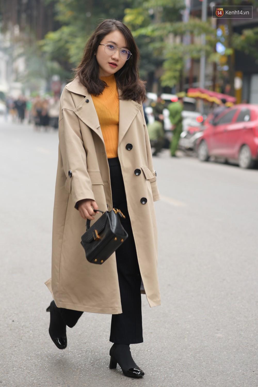 Giới trẻ Việt lên đồ với đủ phong cách đa dạng dịp cuối năm, set nào cũng trendy hết cỡ - Ảnh 3.