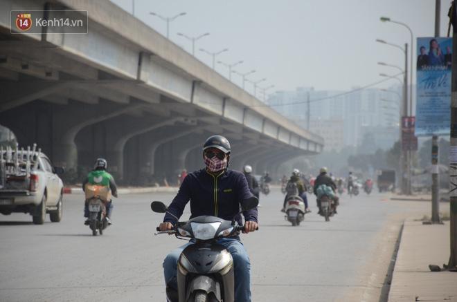 Không khí thành phố Hà Nội chạm mức nguy hại, chuyên gia lên tiếng lý giải nguyên nhân - Ảnh 7.