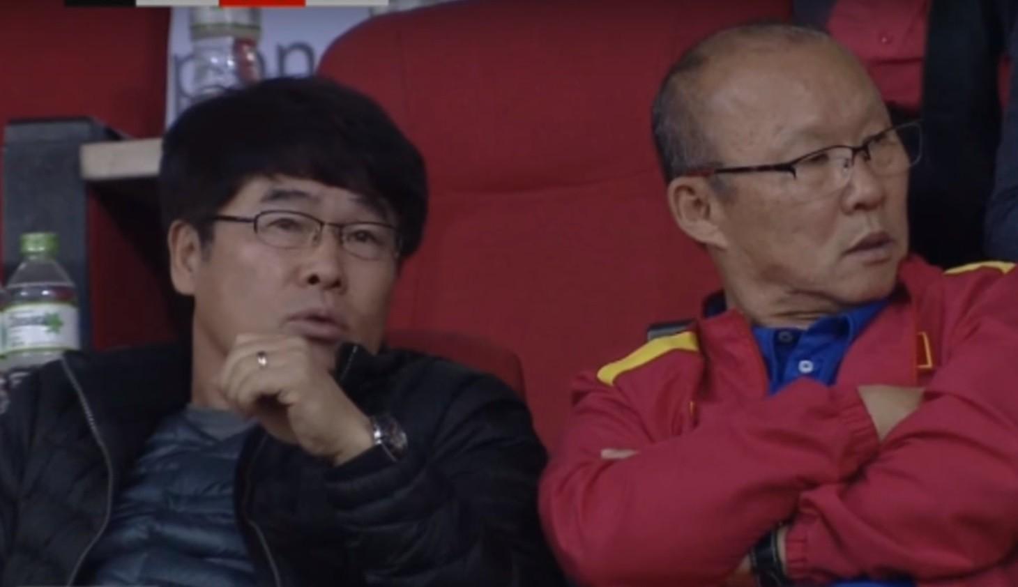 Bạn thầy Park chính thức chia tay bóng đá Việt Nam