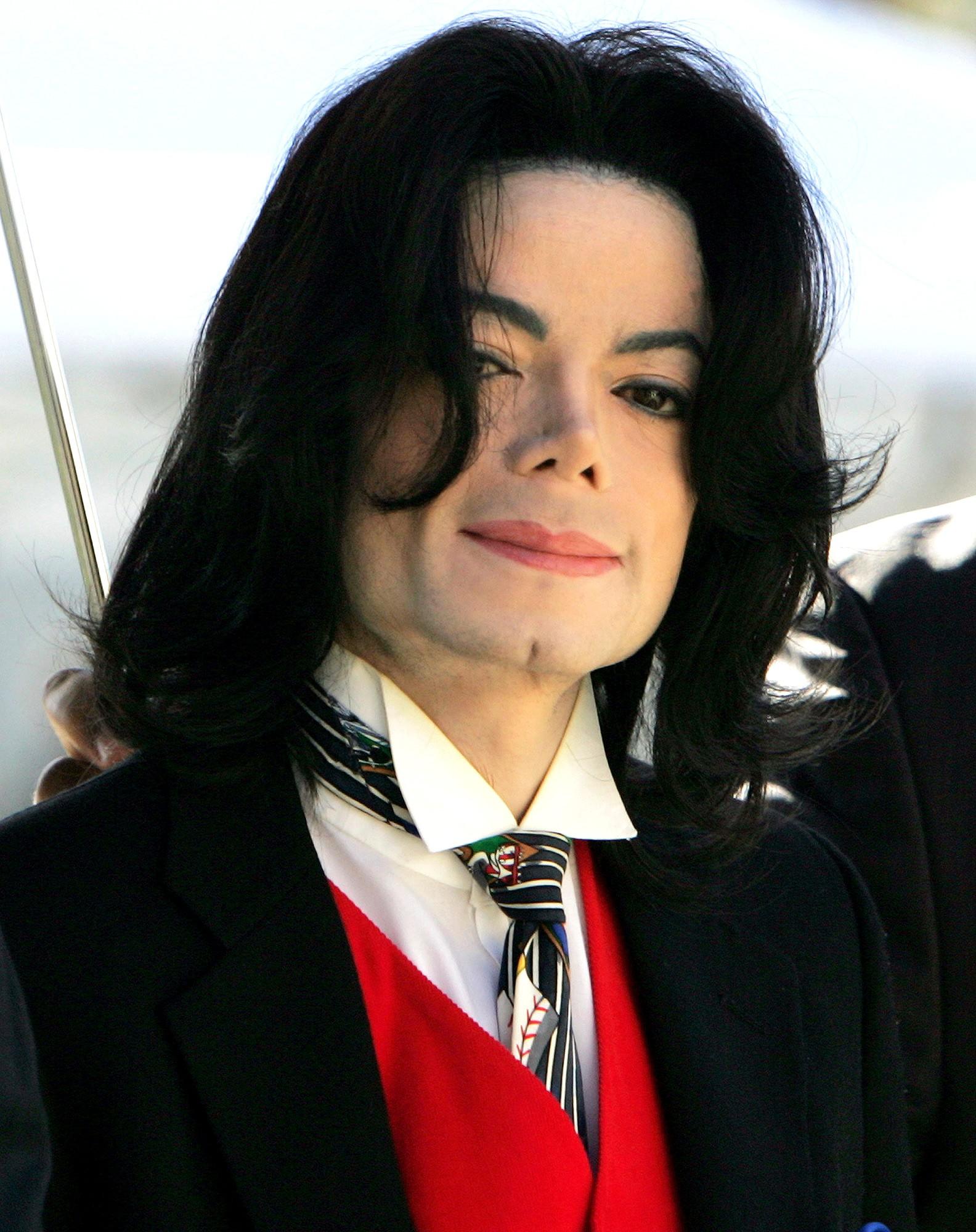 Showbiz thế giới lại chấn động vì bộ phim tài liệu tố cáo quá khứ ấu dâm của Michael Jackson - Ảnh 3.