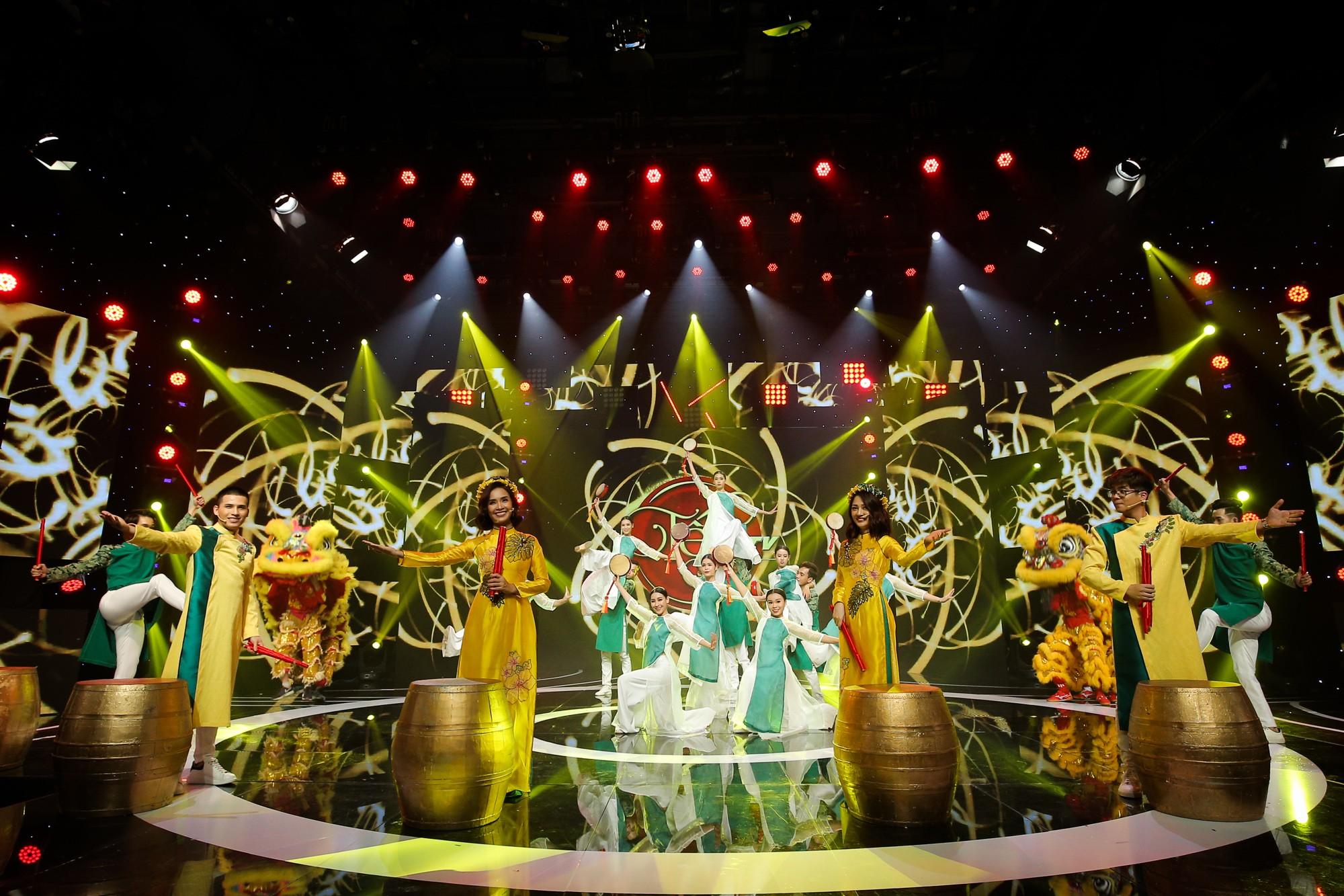 Hồ Ngọc Hà, Noo Phước Thịnh cùng hơn 30 nghệ sĩ Vpop đồng loạt quy tụ trong chương trình nhạc Xuân rộn ràng - Ảnh 6.