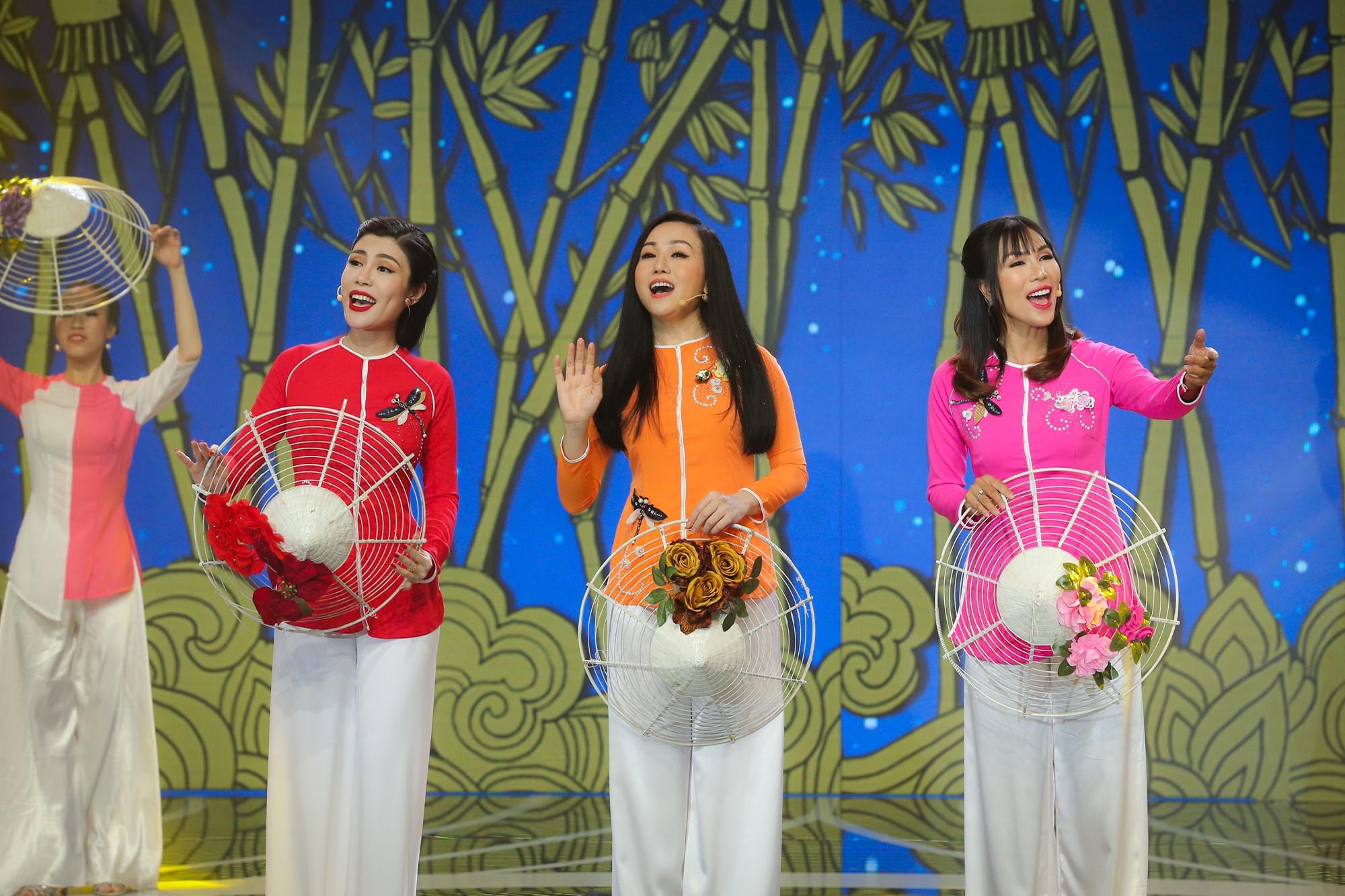 Hồ Ngọc Hà, Noo Phước Thịnh cùng hơn 30 nghệ sĩ Vpop đồng loạt quy tụ trong chương trình nhạc Xuân rộn ràng - Ảnh 12.