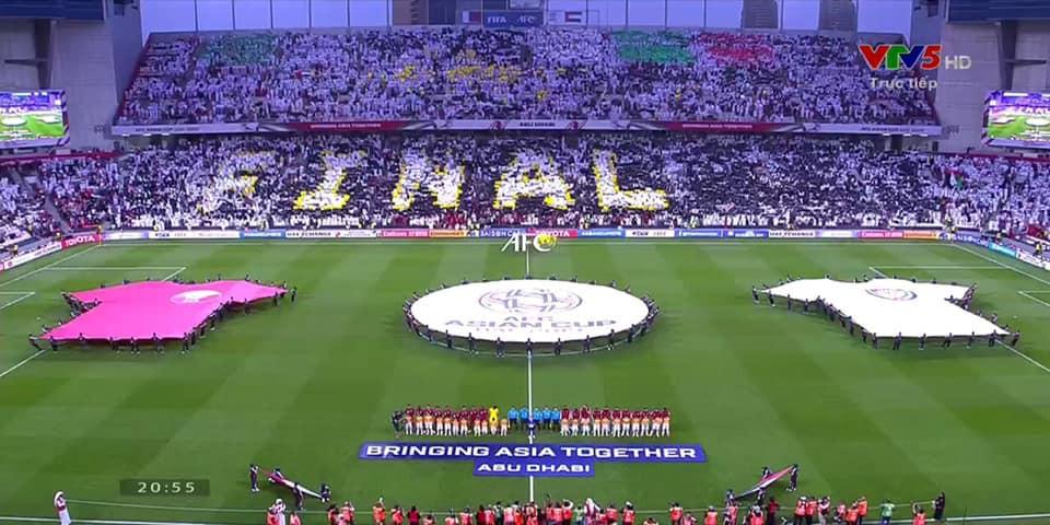 Đội tuyển thua nhục nhã, CĐV nước chủ nhà UAE còn để lại hình ảnh vô cùng xấu xí - Ảnh 10.