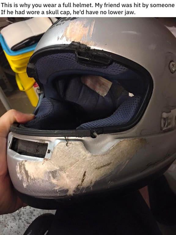 Loạt ảnh đáng sợ cho thấy mũ bảo hiểm quan trọng như thế nào khi chẳng may xảy ra tai nạn giao thông - Ảnh 12.