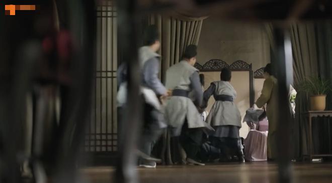 """Đẳng cấp làm việc nhóm của Minh Lan Truyện, già trẻ lớn bé hợp lực tiêu diệt """"hồ ly tinh"""" - Ảnh 4."""