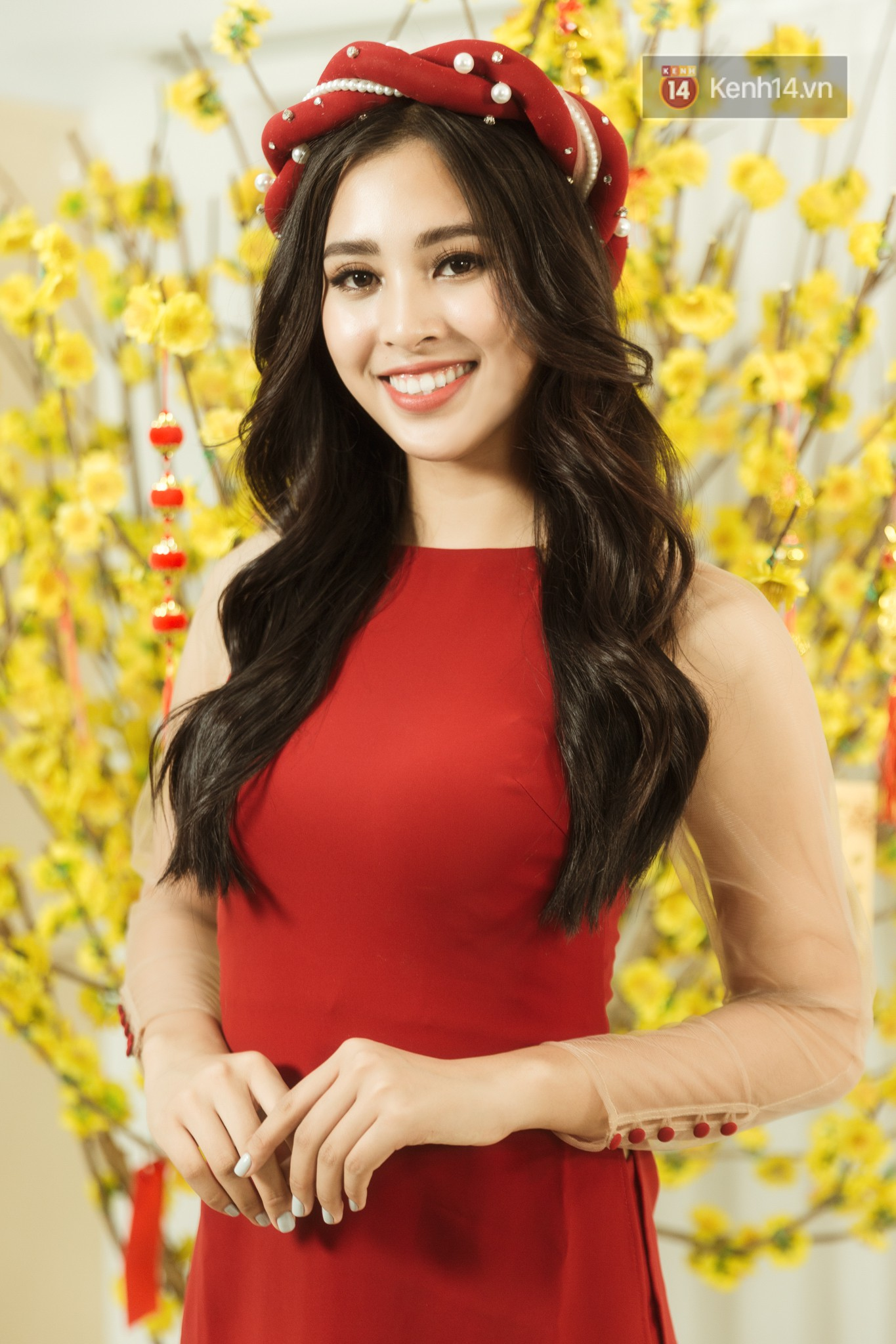 Tất tần tật về cái Tết đầu tiên là một Hoa hậu của cô nữ sinh vừa bước sang tuổi 19 Trần Tiểu Vy - Ảnh 6.