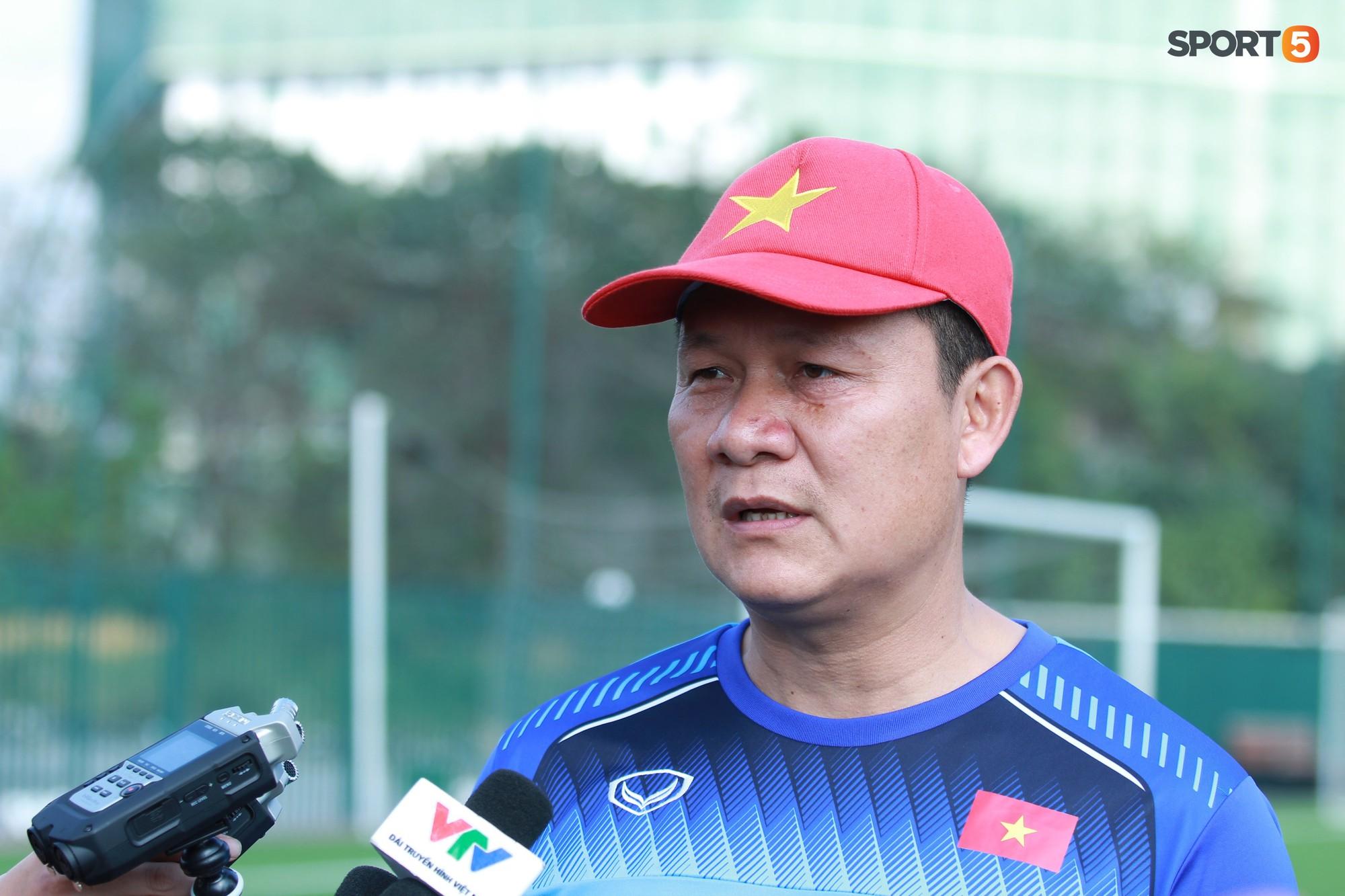 HLV Nguyễn Quốc Tuấn: Kỳ nghỉ Tết sắp tới khiến tôi cảm thấy lo lắng cho U22 Việt Nam - Ảnh 1.