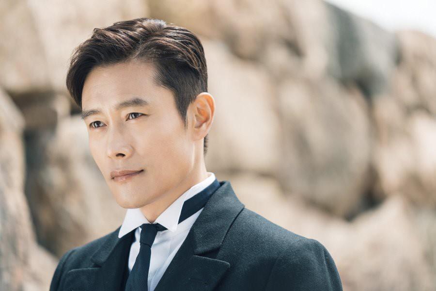 5 sao nam Hàn chẳng đẹp trai nhưng cưa đổ mỹ nhân đẹp xuất chúng: Hầu hết đều siêu giàu, trừ trường hợp cuối - Ảnh 18.
