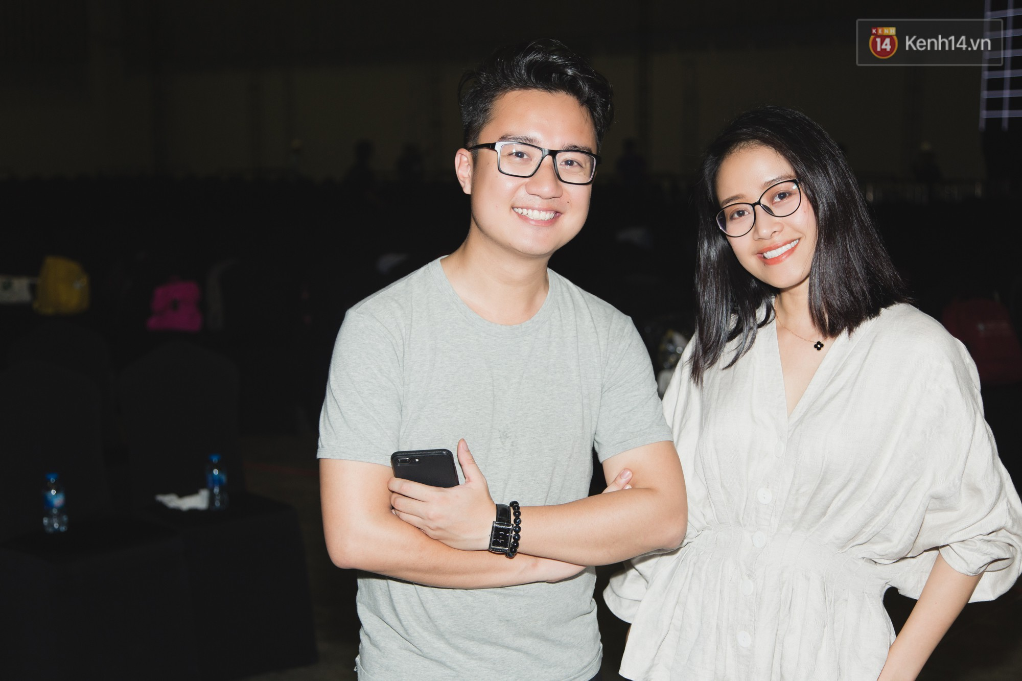 Bích Phương bất ngờ cool ngầu, trái ngược với Hiền Hồ sexy nữ tính trong buổi tổng duyệt WeChoice Awards 2018 - Ảnh 3.