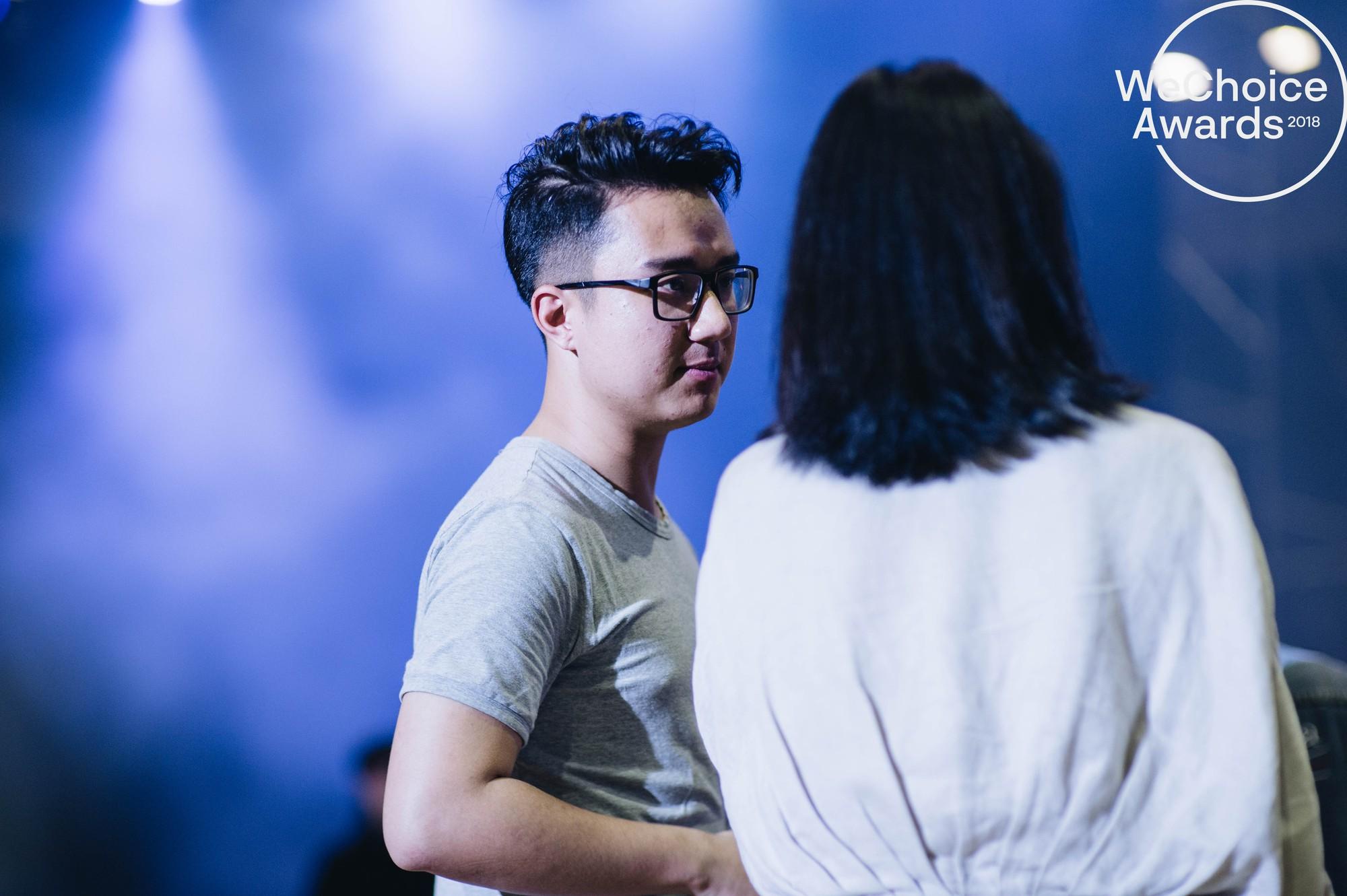 Trước giờ G, ngắm loạt khoảnh khắc đầy cảm xúc của dàn nghệ sĩ tại buổi tổng duyệt Gala Wechoice Awards 2018 - Ảnh 17.