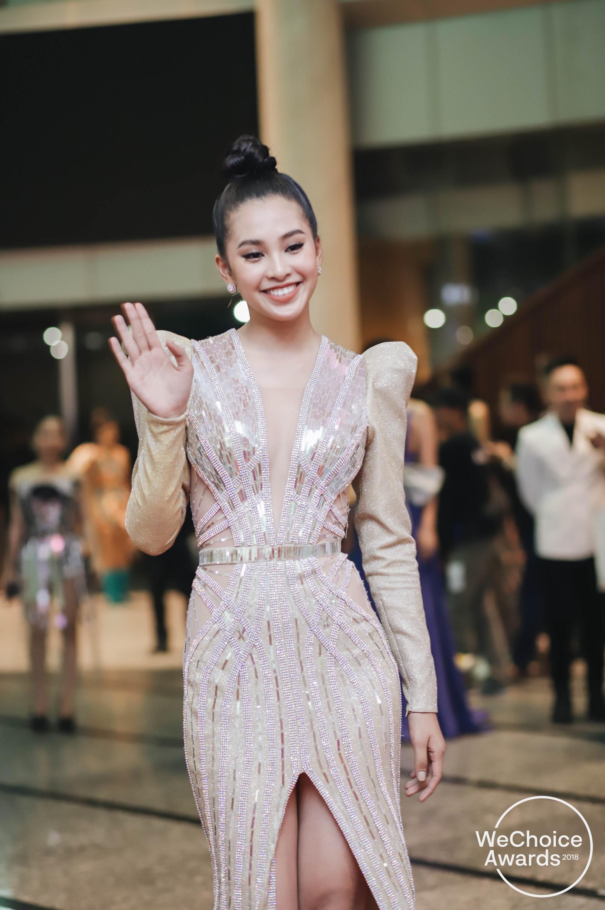 Màn đọ sắc cực gắt của dàn Hoa hậu đình đám nhất Vbiz trên thảm đỏ WeChoice: Sang chảnh và đỉnh cao là đây! - Ảnh 8.