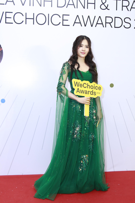 Quyết phục thù với gam màu này tại WeChoice Awards, Nam Em nhận cái kết bất ngờ - Ảnh 3.