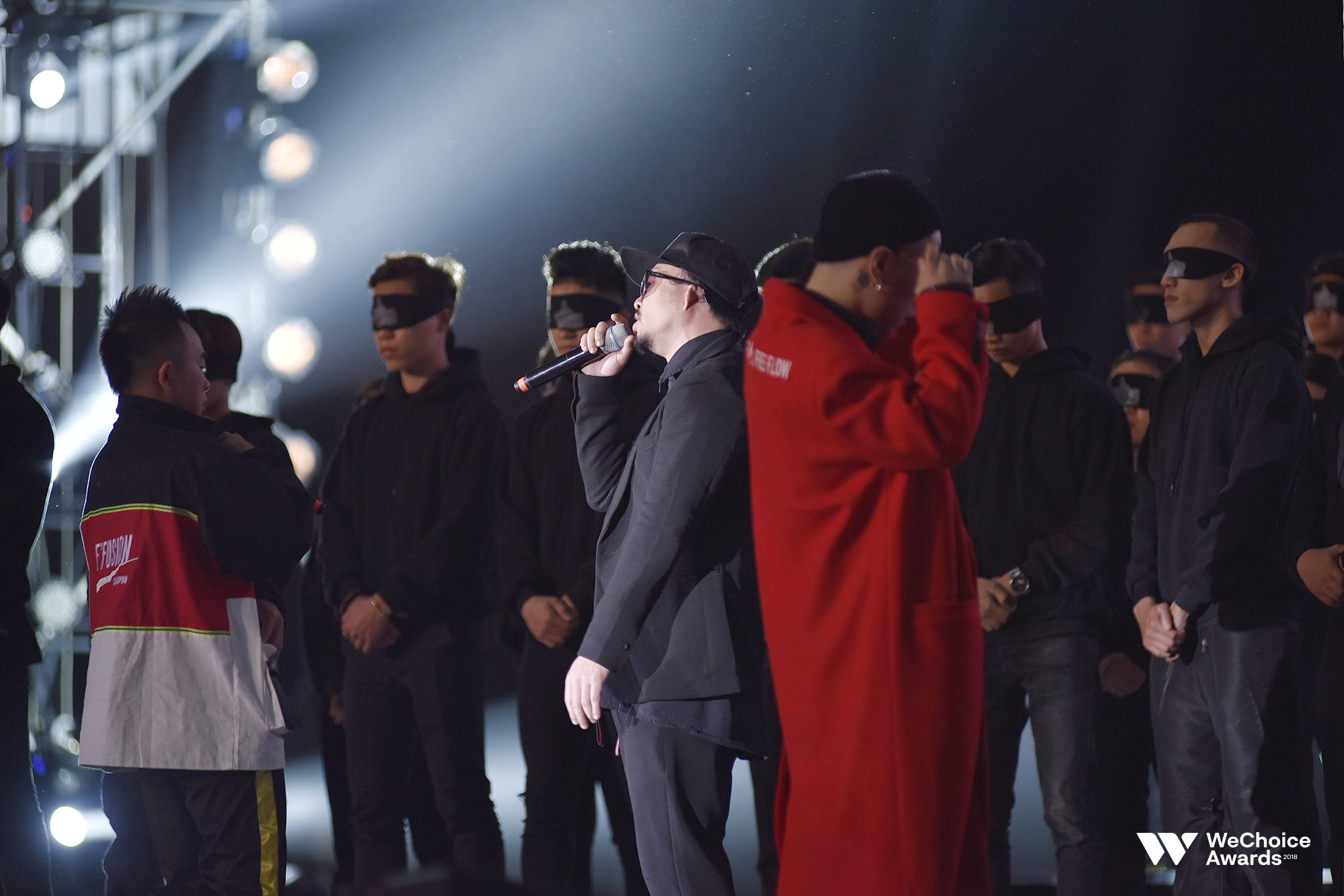 Clip: Tất tần tật các sân khấu đã tai mãn nhãn trong đêm Gala WeChoice Awards 2018 - Ảnh 3.