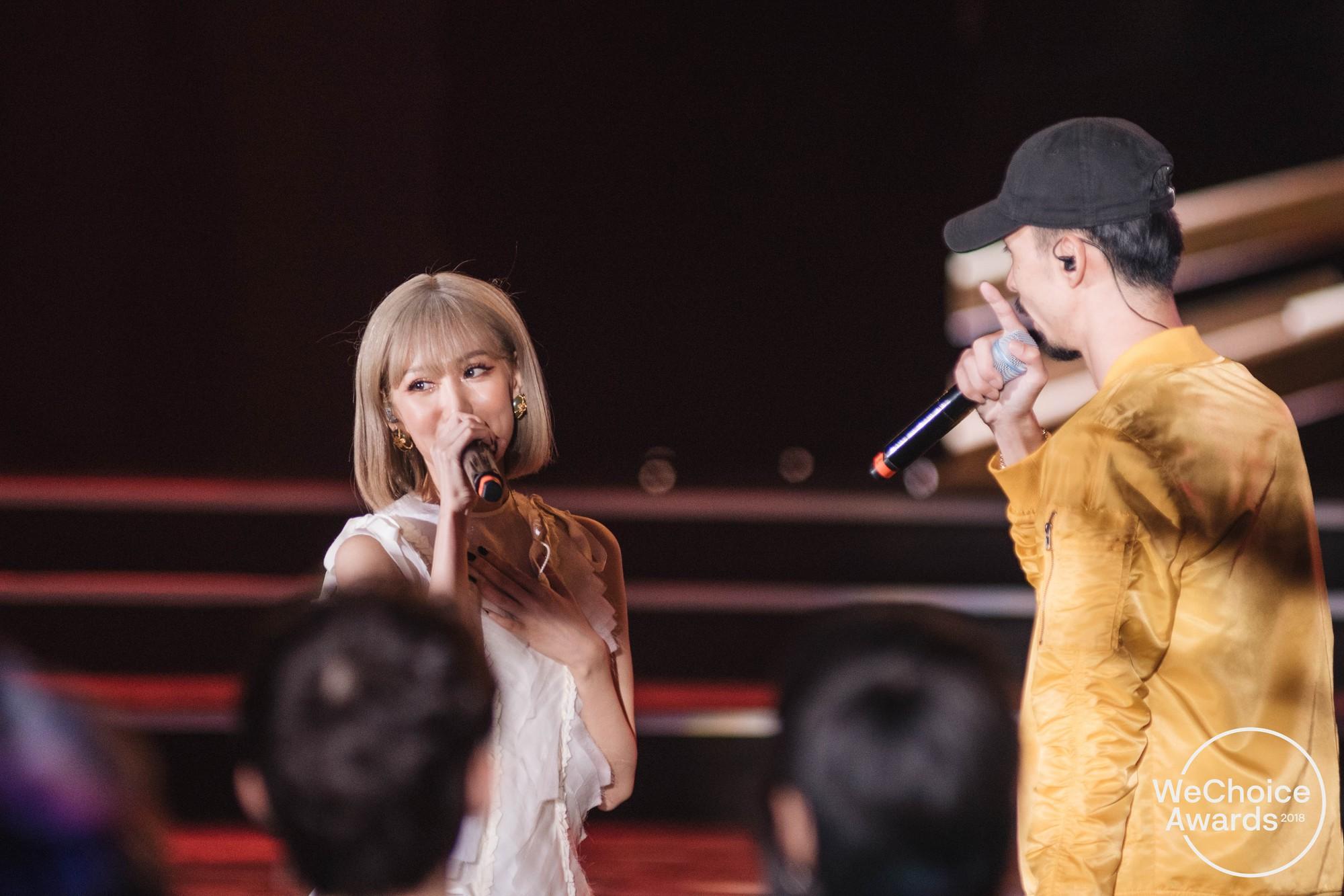 Clip: Tất tần tật các sân khấu đã tai mãn nhãn trong đêm Gala WeChoice Awards 2018 - Ảnh 11.