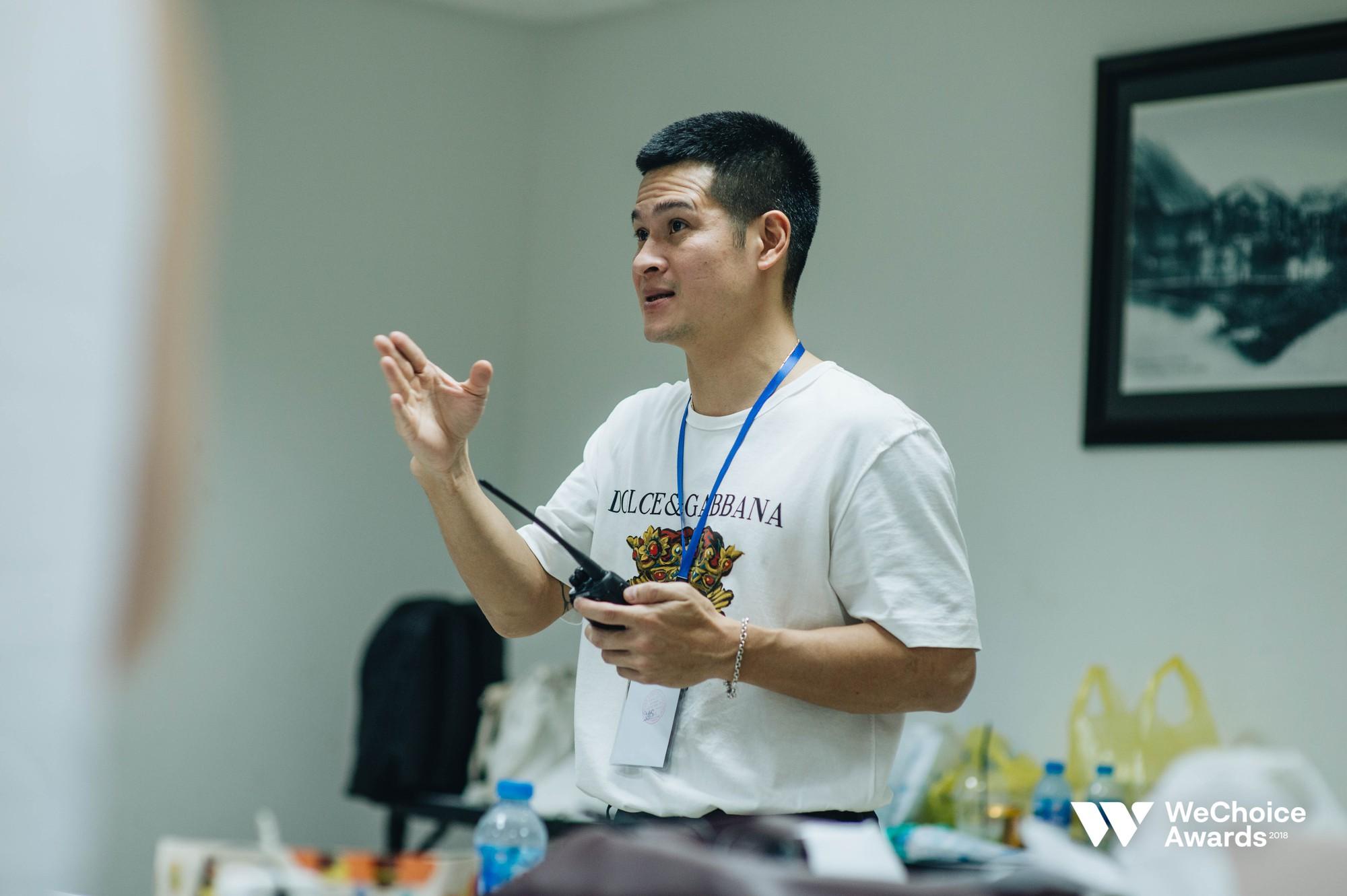 Đạo diễn Việt Tú hé lộ chìa khóa thành công của Gala WeChoice Awards 2018: Hoành tráng chưa đủ, quan trọng là thông điệp - Ảnh 11.