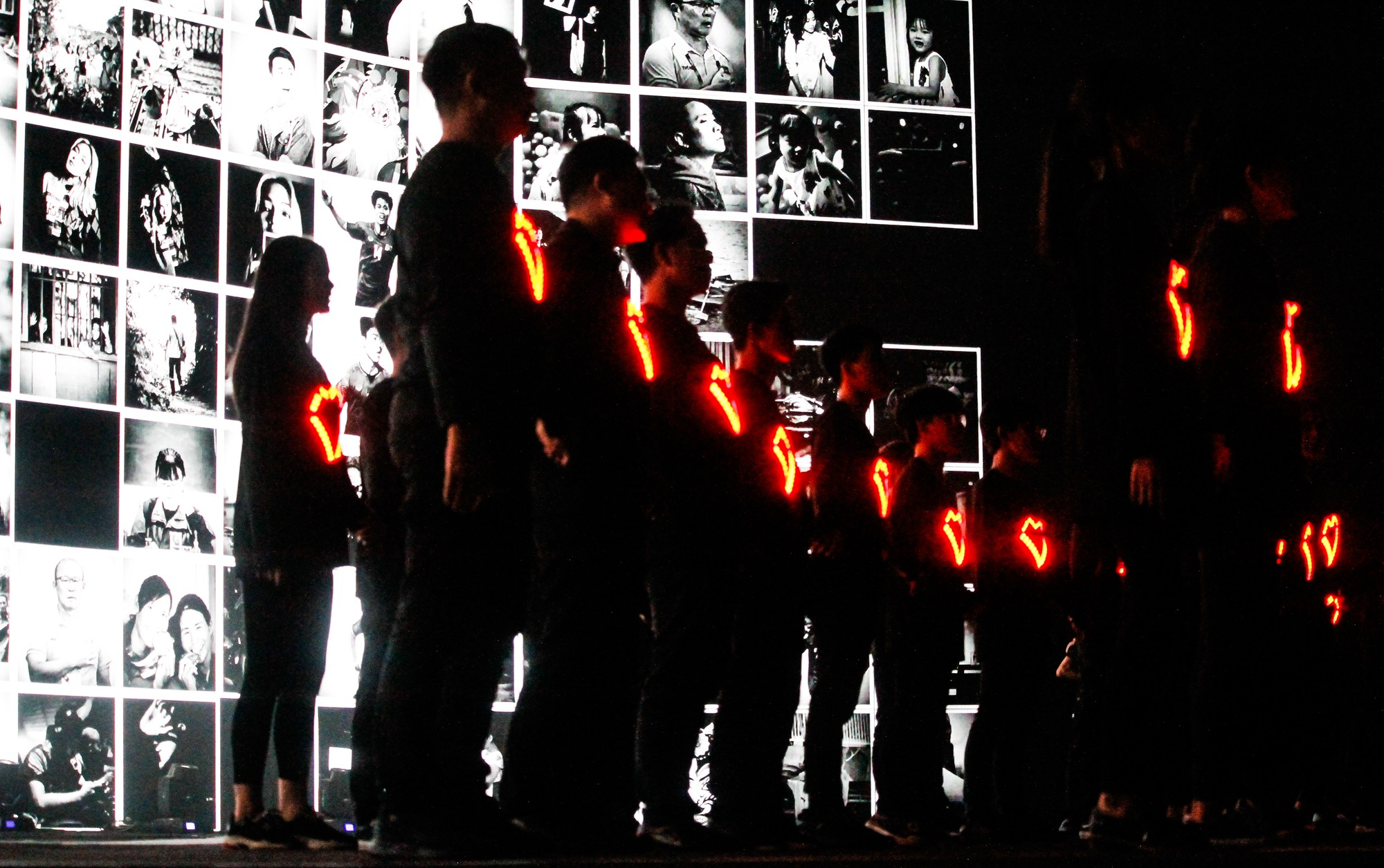 Clip: Tất tần tật các sân khấu đã tai mãn nhãn trong đêm Gala WeChoice Awards 2018 - Ảnh 17.