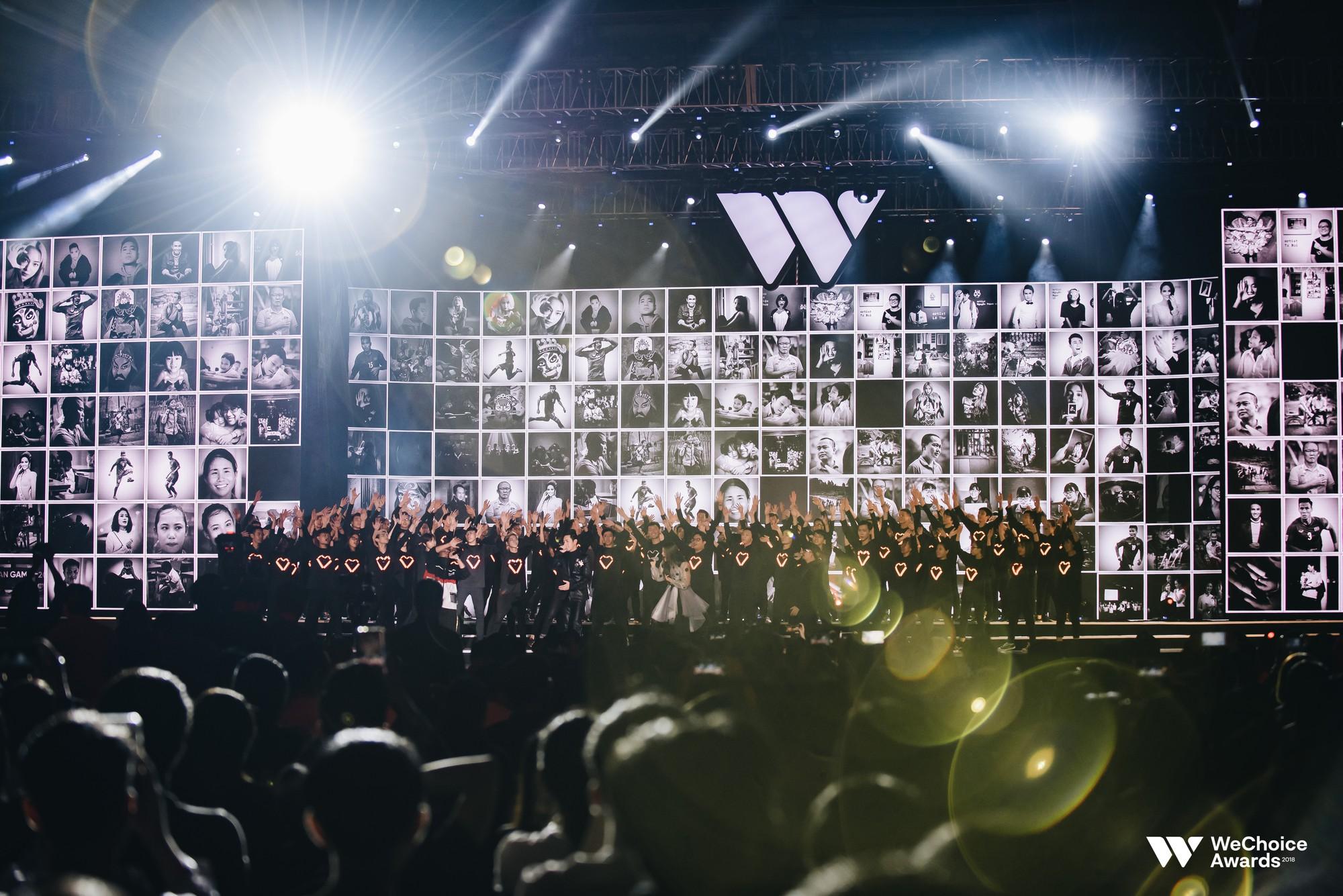 Sân khấu Gala Wechoice Awards 2018: Không chỉ đã tai, đẹp mắt mà còn đầy nghệ thuật và truyền cảm hứng sống - Ảnh 1.