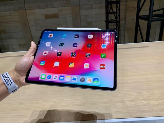 Một nhân viên bán hàng của Apple cho biết đây là lý do duy nhất để mua iPad Pro - Ảnh 1.