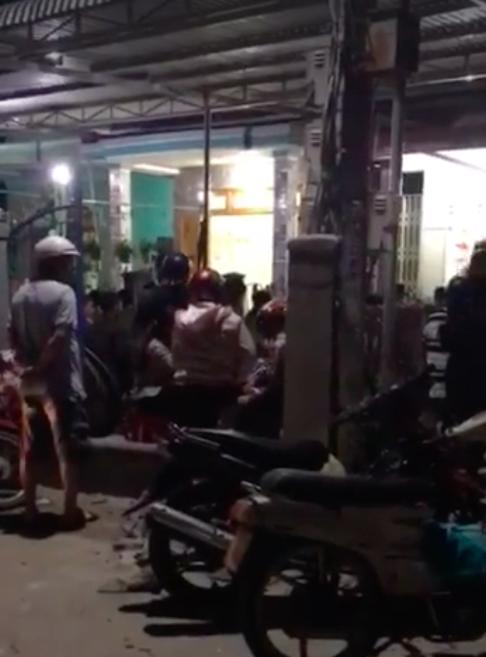 Đã bắt được thanh niên 19 tuổi nghi ngáo đá giết mẹ và em trai 6 tuổi tại nhà riêng ở Khánh Hòa - Ảnh 1.