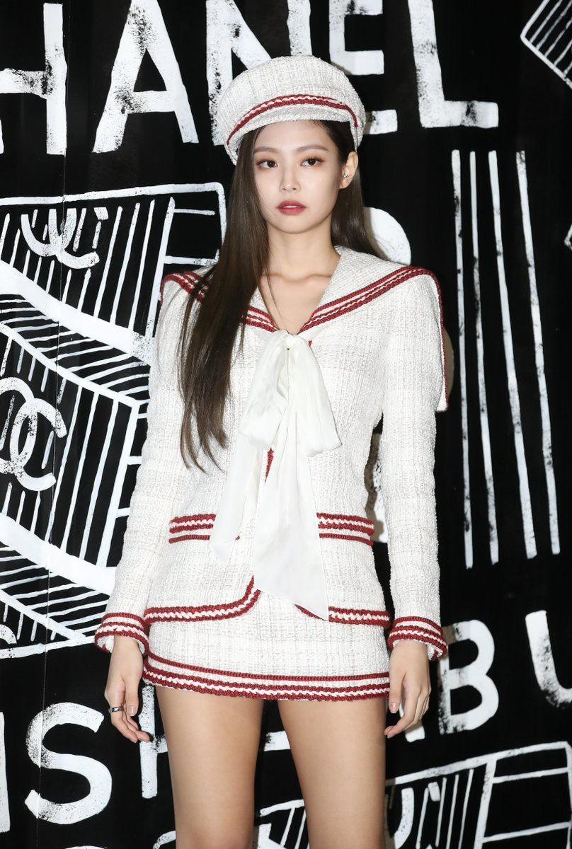 Tiết lộ thú vị về cây Chanel sống Jennie Kim: là đại sứ của Chanel nhưng không phải lúc nào cũng diện đồ chùa - Ảnh 1.