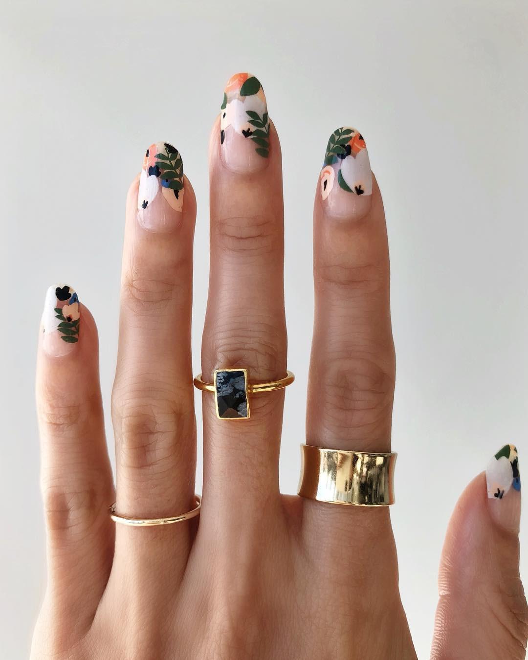 Loạt móng tay nghệ thuật kiểu Hàm Hương khiến cả trai thẳng cũng muốn đi làm nail - Ảnh 2.