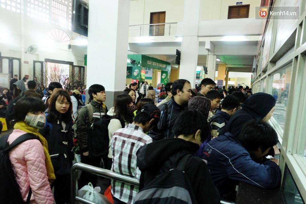 Hướng dẫn mua vé xe/ tàu miễn phí về quê ăn Tết Nguyên đán dành cho sinh viên - Ảnh 4.