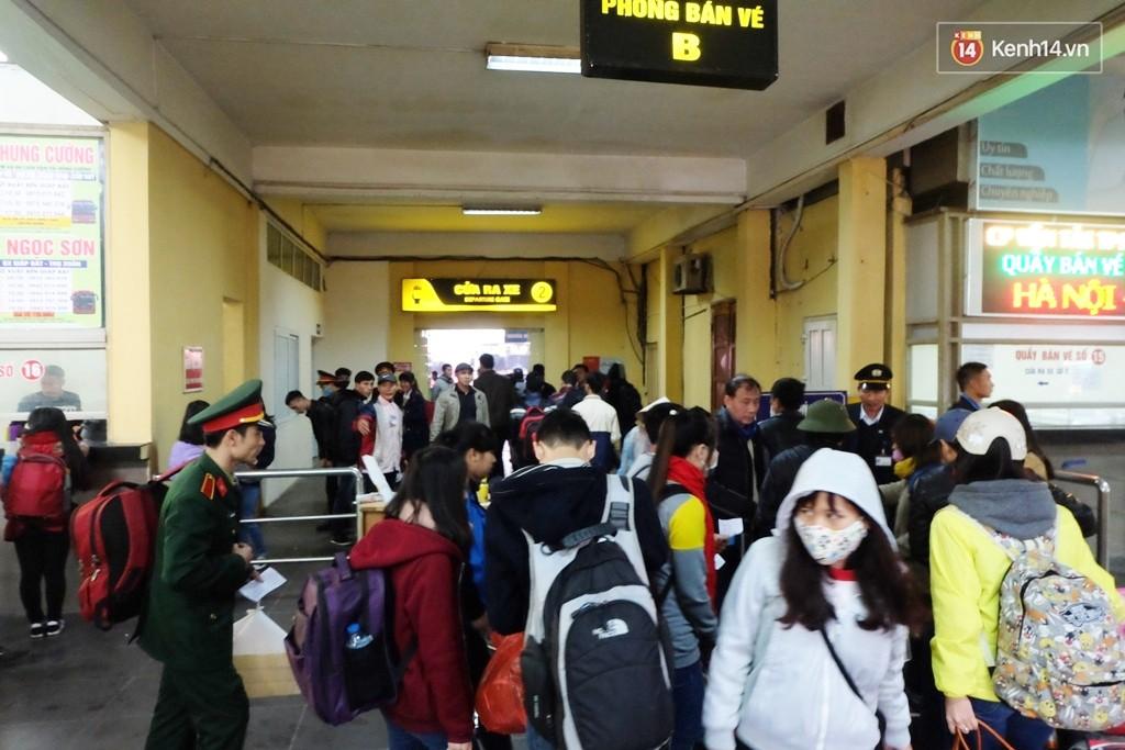 Hướng dẫn mua vé xe/ tàu miễn phí về quê ăn Tết Nguyên đán dành cho sinh viên - Ảnh 10.