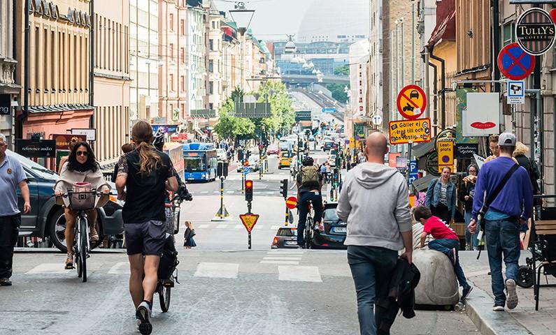 Thụy Điển và những điều kì diệu: Bạn đời cũng có đến 3 kiểu khác nhau, tôn thờ lối sống lành mạnh ít sân si - Ảnh 1.