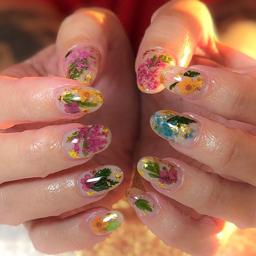 Loạt móng tay nghệ thuật kiểu Hàm Hương khiến cả trai thẳng cũng muốn đi làm nail - Ảnh 5.