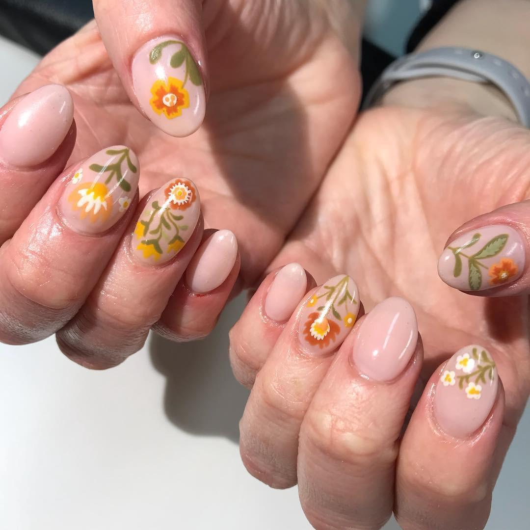 Loạt móng tay nghệ thuật kiểu Hàm Hương khiến cả trai thẳng cũng muốn đi làm nail - Ảnh 6.