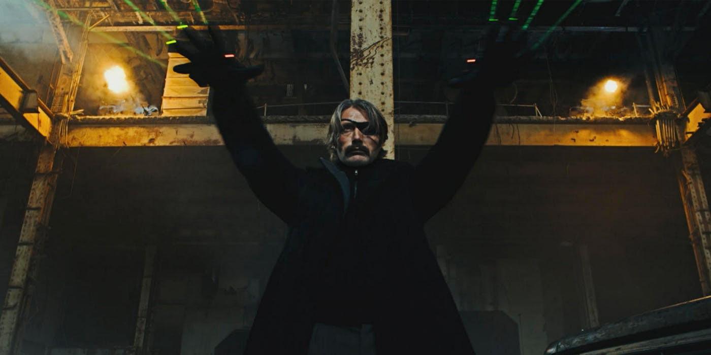 Gã phản diện của vũ trụ Marvel hóa thành John Wick phiên bản cực mát lạnh trong trailer Polar - Ảnh 2.