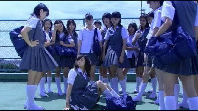 Sự hoàn hảo không trọn vẹn của giáo dục Nhật Bản: Những vụ tự tử thương tâm do áp lực học đường - Ảnh 1.