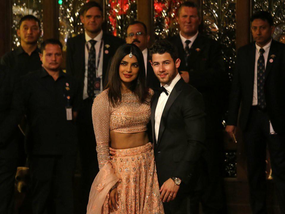 Đằng sau đám cưới thế kỷ của Ấn Độ năm 2018: Xuất thân hoàn hảo của cô dâu trong gia đình giàu nhất châu Á - Ảnh 25.