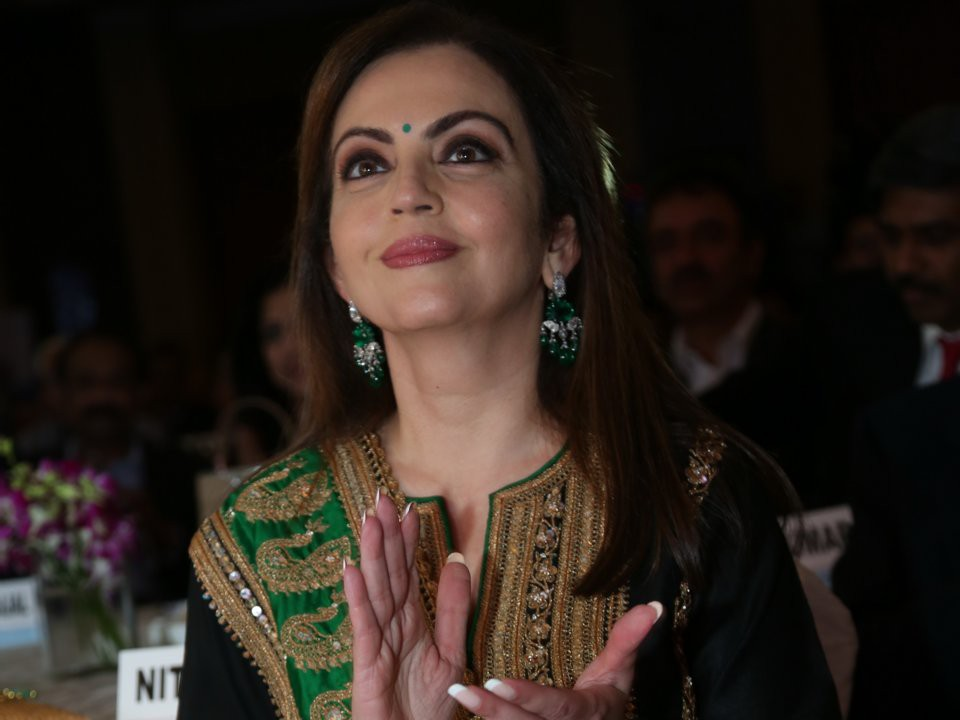 Đằng sau đám cưới thế kỷ của Ấn Độ năm 2018: Xuất thân hoàn hảo của cô dâu trong gia đình giàu nhất châu Á - Ảnh 16.