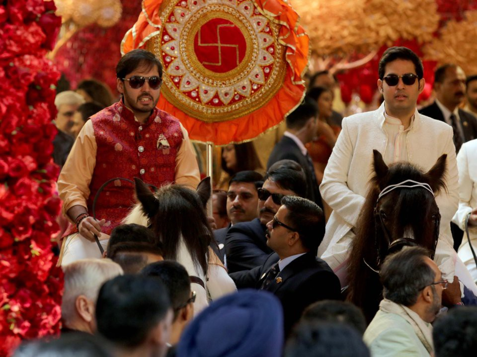 Đằng sau đám cưới thế kỷ của Ấn Độ năm 2018: Xuất thân hoàn hảo của cô dâu trong gia đình giàu nhất châu Á - Ảnh 23.