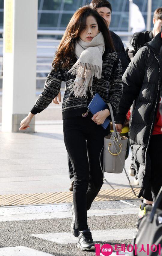 """Diện """"áo đôi"""" với Jennie theo 1 cách khác mà vẫn đẹp ngang ngửa, Jisoo quả xứng danh """"đỉnh cao Visual"""" - Ảnh 4."""