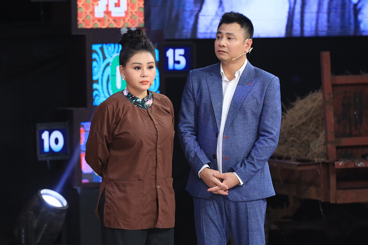 NSND Hồng Vân tổn thương khi được MC Lại Văn Sâm khen là... đẹp lão - Ảnh 6.