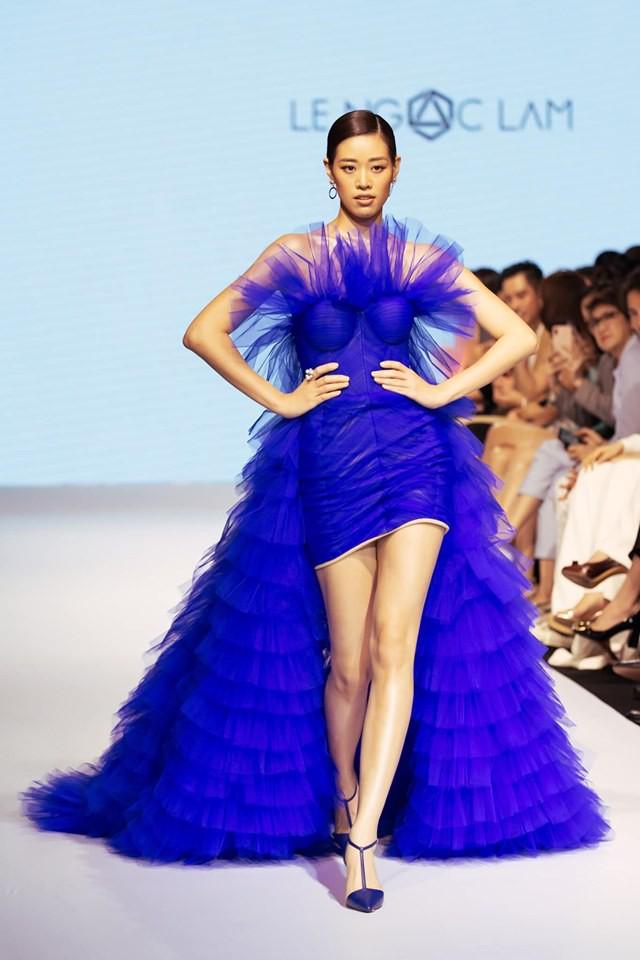 Bị chê catwalk tệ, Thúy Vân vẫn đắt show hơn Hương Ly tại Hoa hậu Hoàn vũ VN - Ảnh 7.