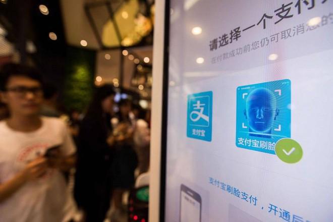 Đi tiểu quá 15 phút sẽ bị máy tính gọi người tới bắt: Tưởng hoang đường nhưng lại là chuyện thật ở Trung Quốc - Ảnh 4.