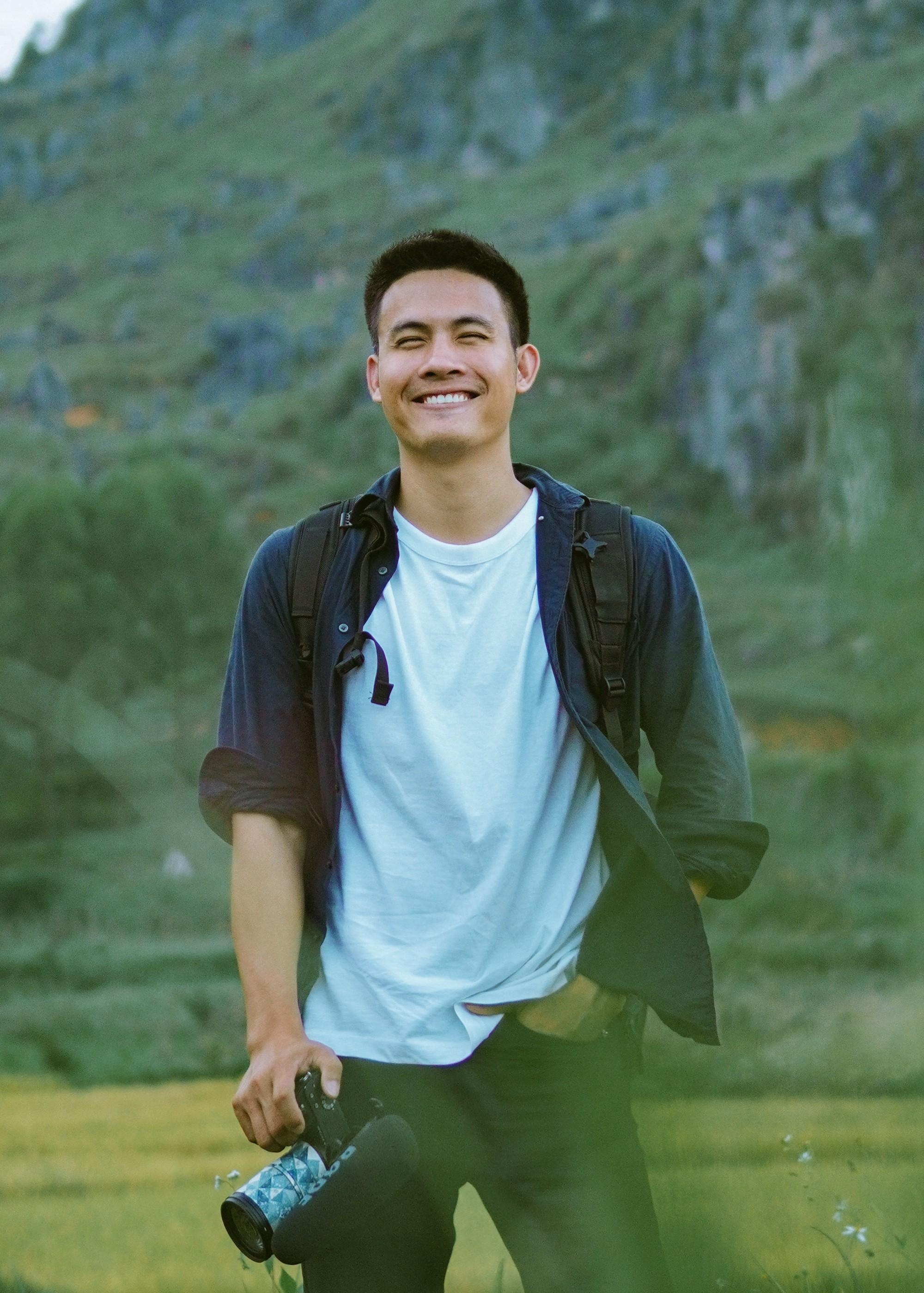 Cực phẩm Hà Giang trong video của blogger du lịch điển trai: Đầy tiếng cười trẻ thơ và cảnh vật thì đẹp xuất thần - Ảnh 1.