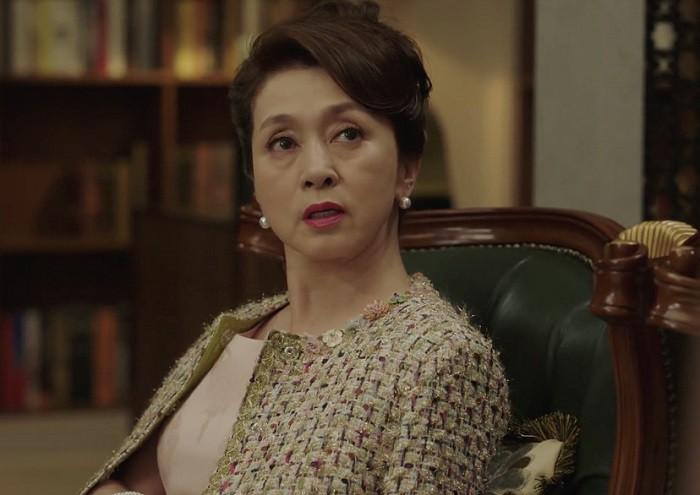 """Bom tấn truyền hình Graceful Family: Hít drama """"thủng phổi"""" với màn cung đấu của gia đình thượng lưu xứ kim chi - Ảnh 17."""