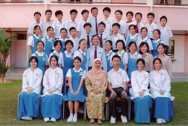 Ngắm đồng phục học sinh các nước châu Á: Nhật Hàn đẹp miễn bàn, sexy gợi cảm nhất là Thái Lan nhưng không đâu độc đáo như Malaysia - Ảnh 13.