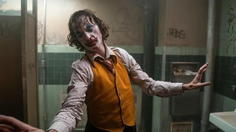 Soi nhanh một loạt Joker: Có thể Joaquin Phoenix là điên nhất nhưng chuẩn nguyên tác lại là người khác - Ảnh 11.