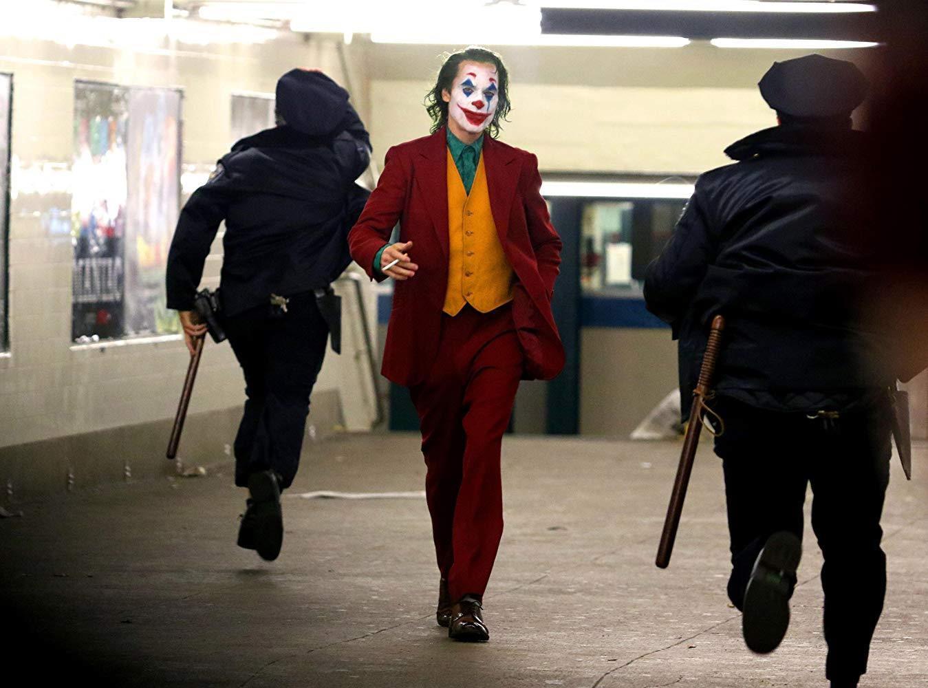Soi nhanh một loạt Joker: Có thể Joaquin Phoenix là điên nhất nhưng chuẩn nguyên tác lại là người khác - Ảnh 13.